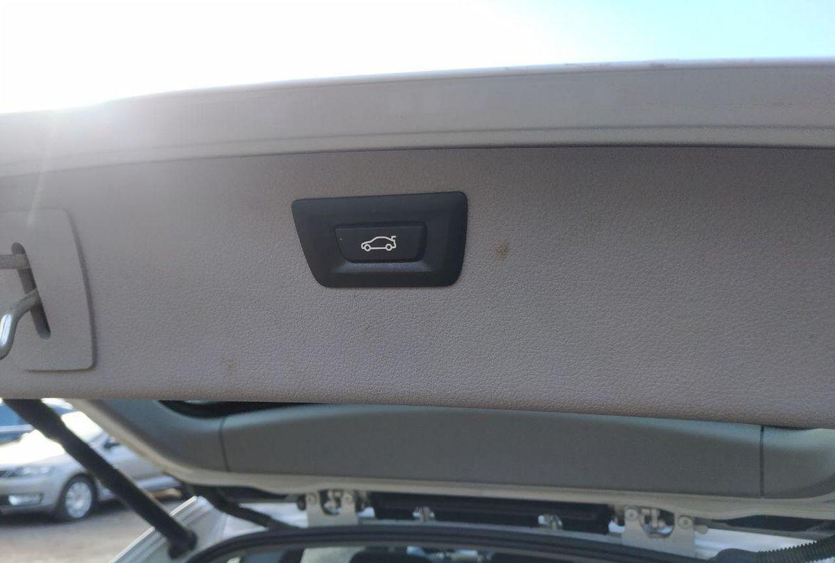 BMW 318 2013 фото №14