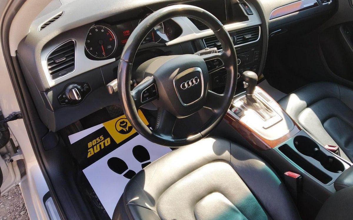 Audi A4 Premium 2012 фото №18