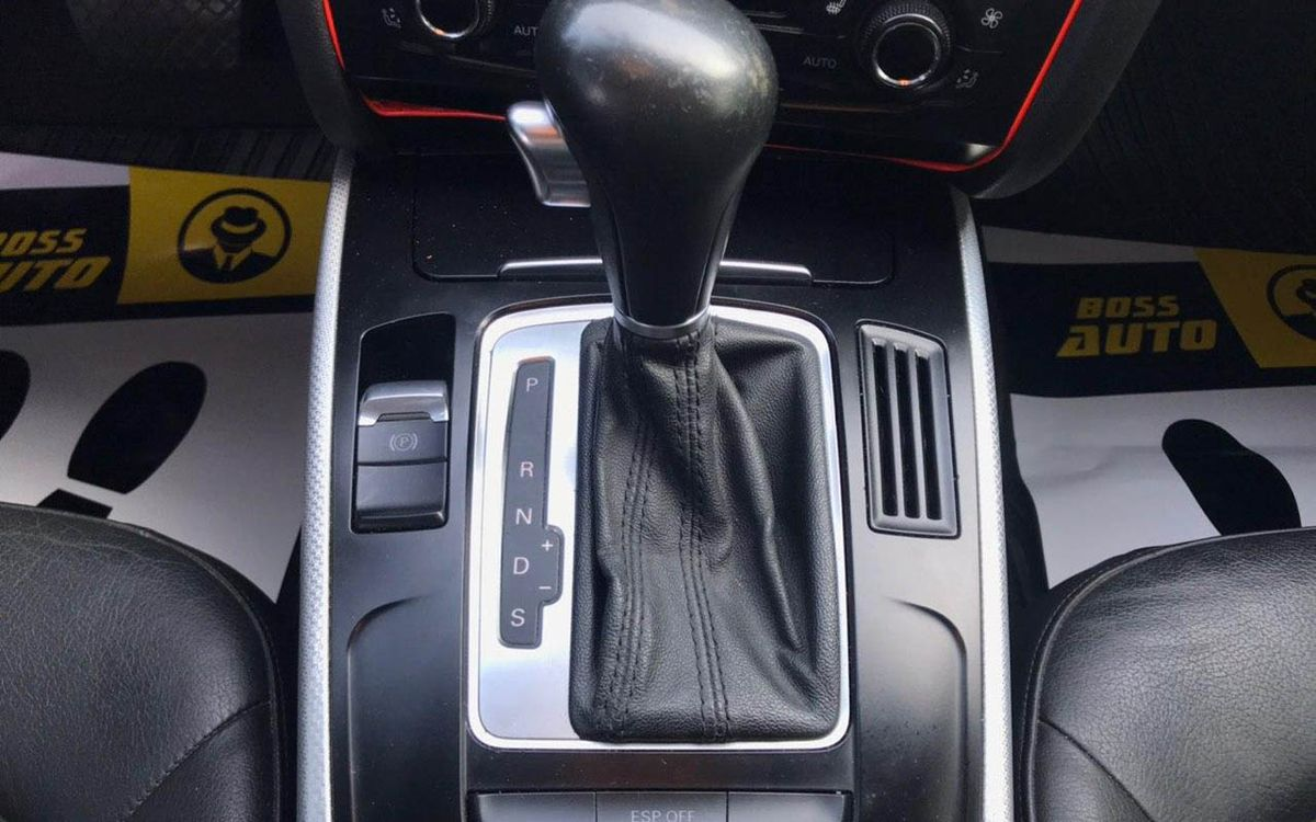 Audi A4 Premium 2010 фото №11
