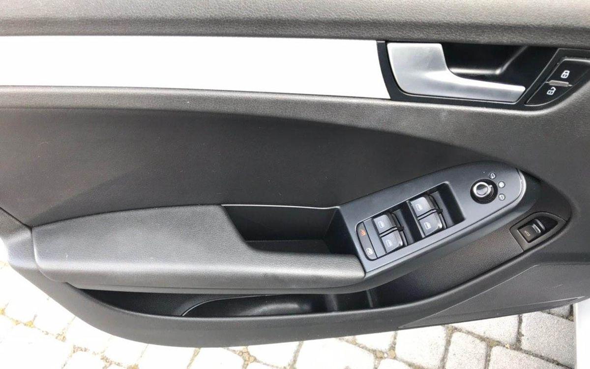 Audi A4 Premium 2010 фото №12