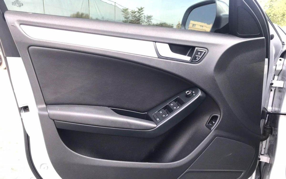 Audi A4 Premium 2010 фото №13
