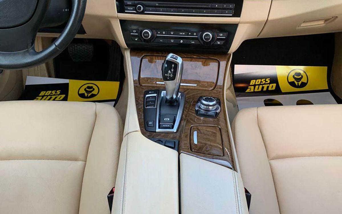 BMW 528 X-drive 2011 фото №9