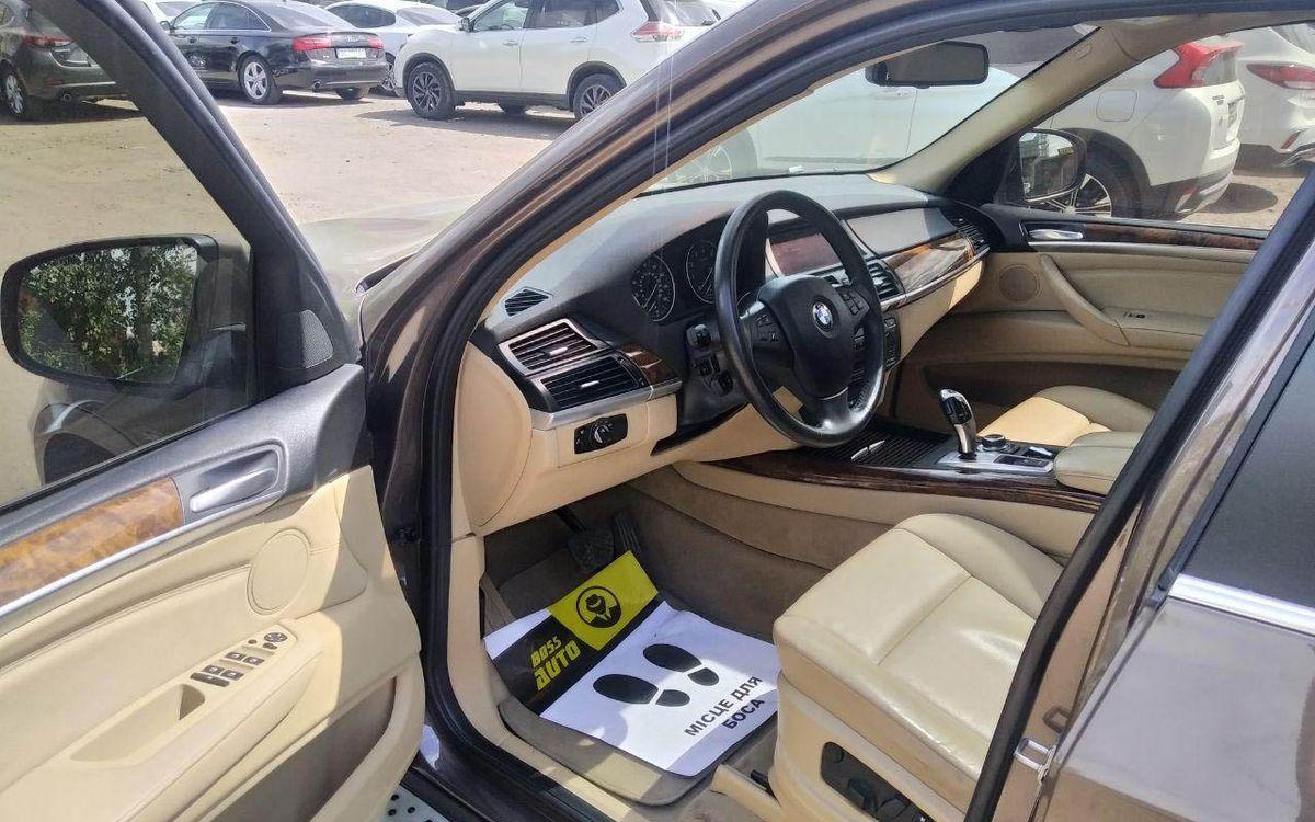 BMW X5 2012 фото №8