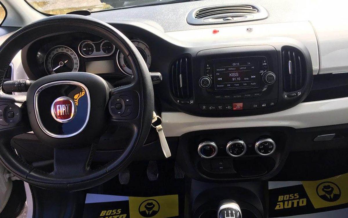 Fiat 500 L 2014 фото №11