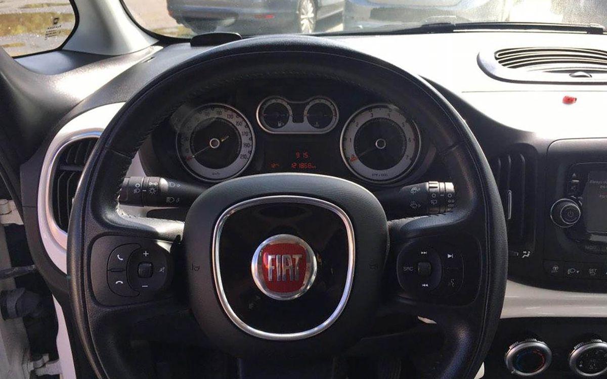 Fiat 500 L 2014 фото №12
