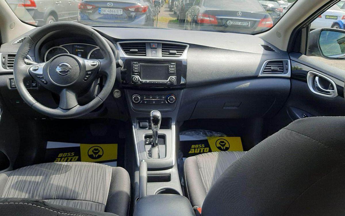 Nissan Sentra SV 2017 фото №18