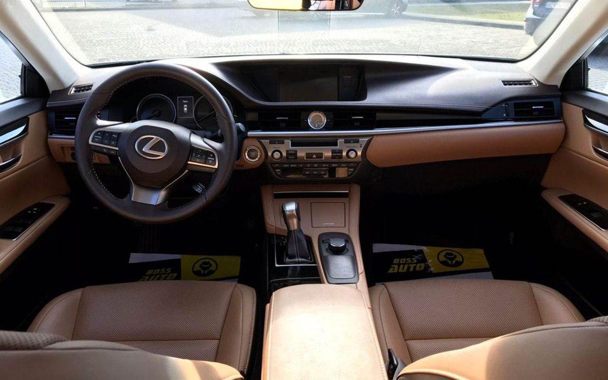 Lexus ES 350 2016 фото №14