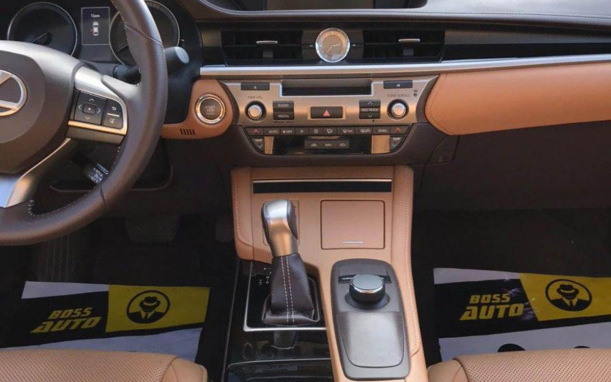 Lexus ES 350 2016 фото №15