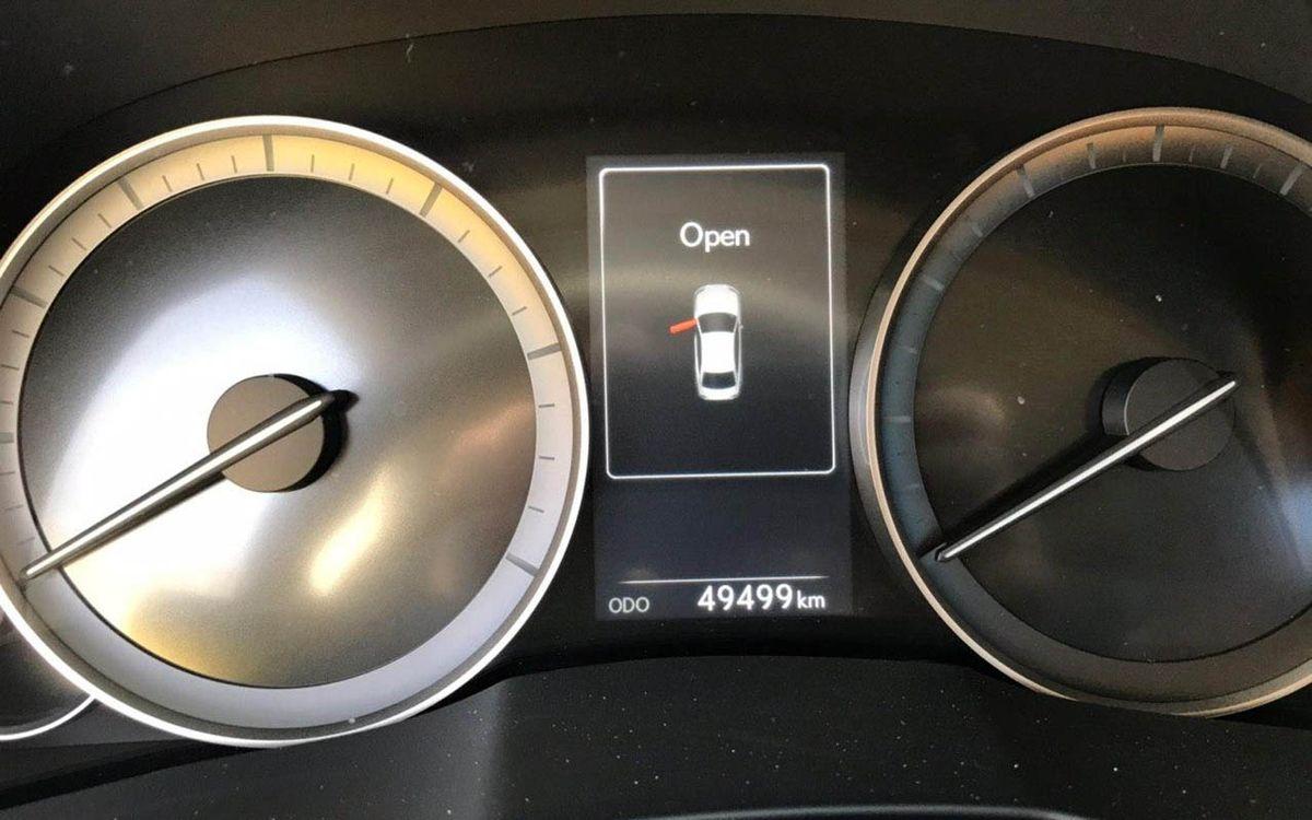 Lexus ES 350 2016 фото №17