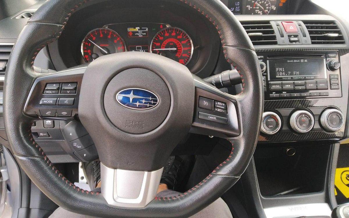 Subaru WRX 2015 фото №17
