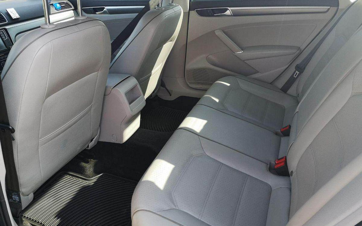 Volkswagen Passat 2016 фото №12