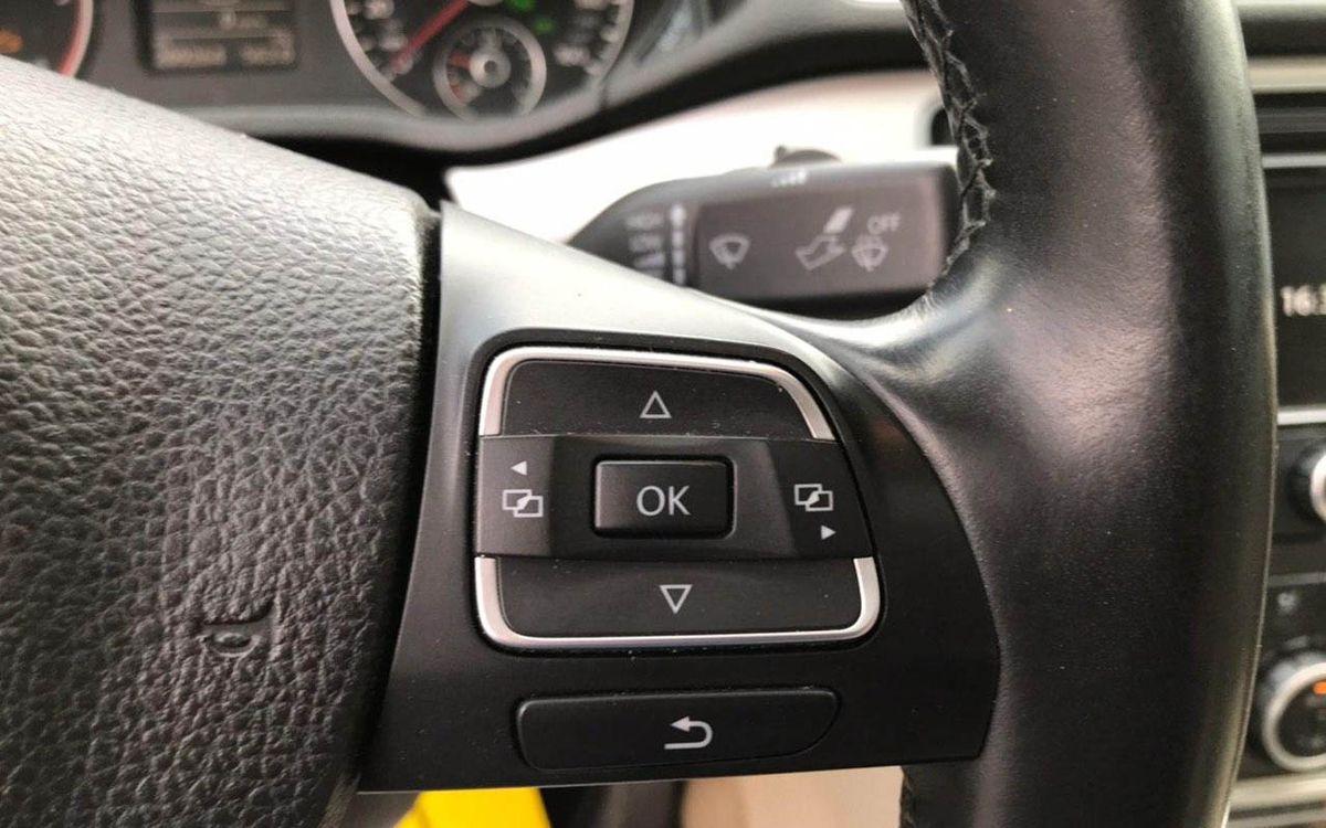 Volkswagen Passat 2012 фото №12