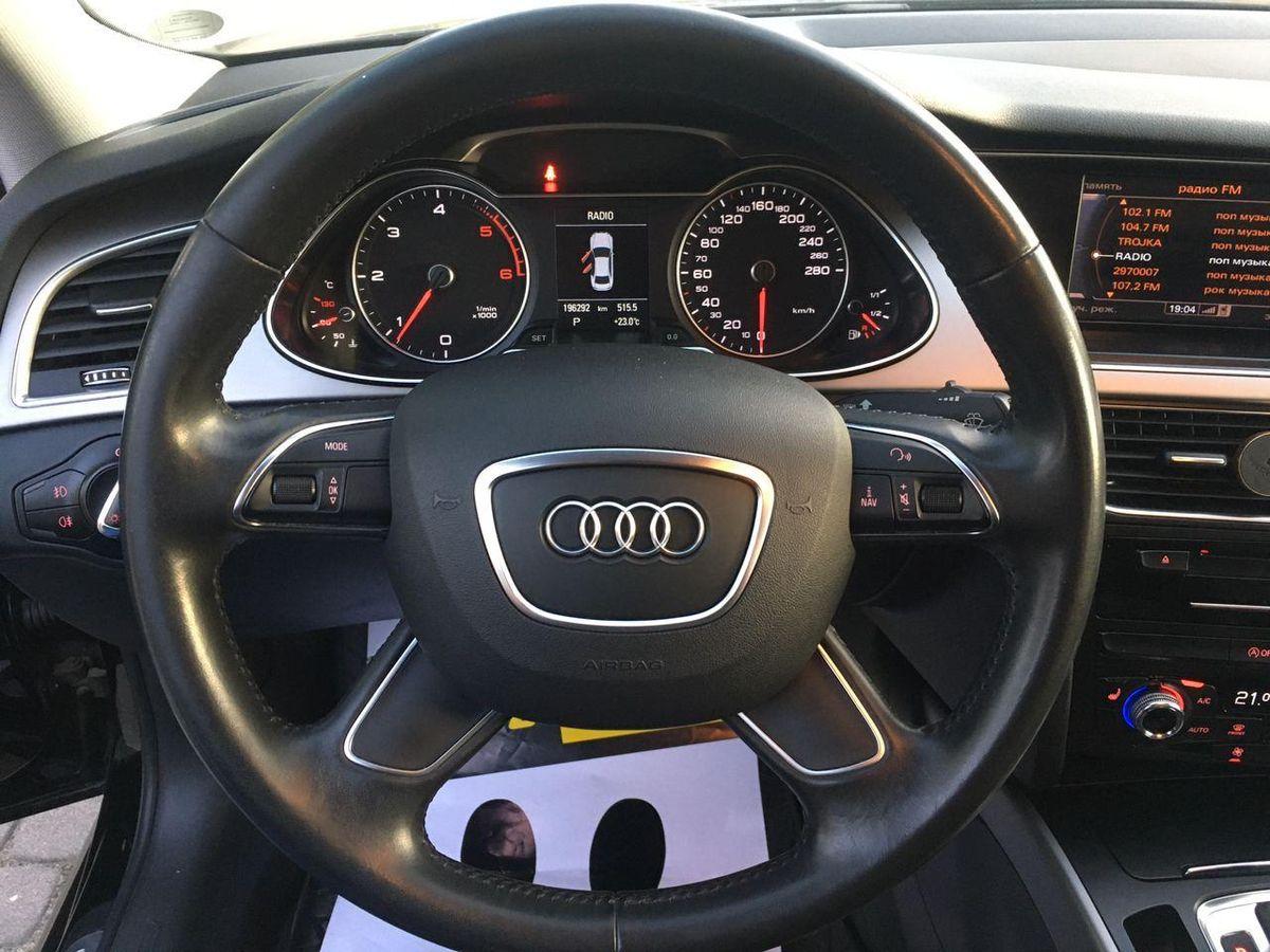 Audi A4 S-line 2014 фото №11