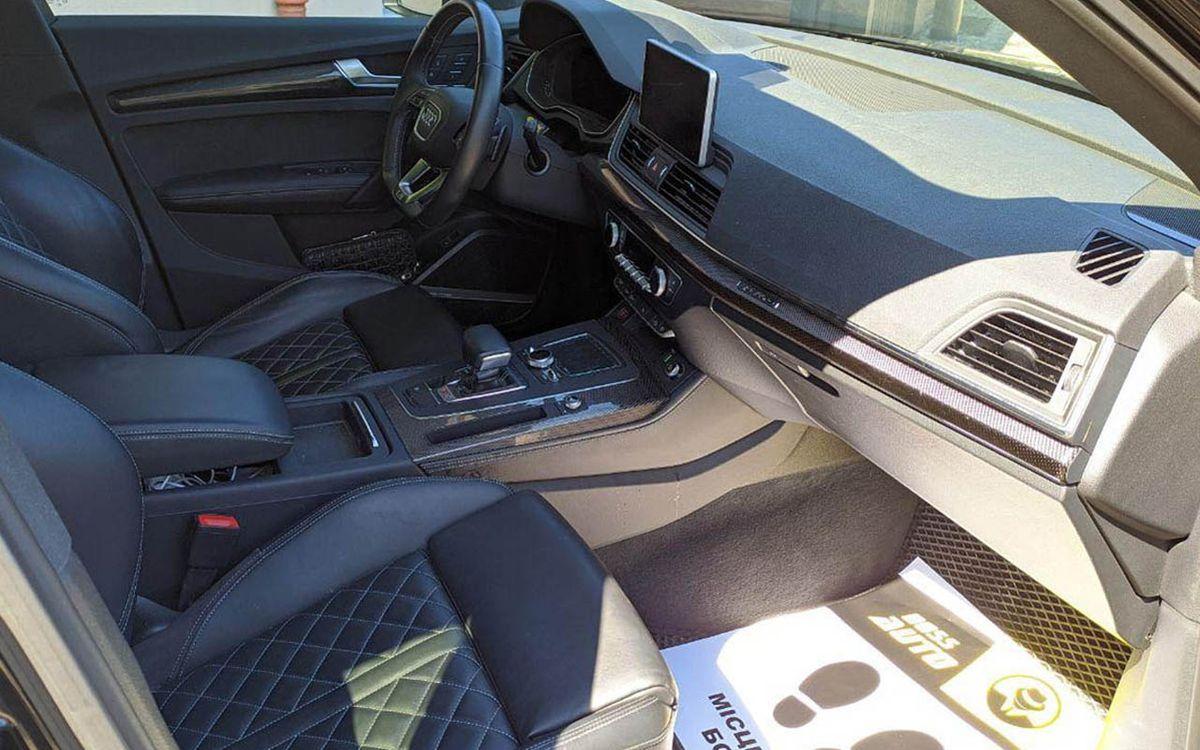 Audi SQ5 2018 фото №17