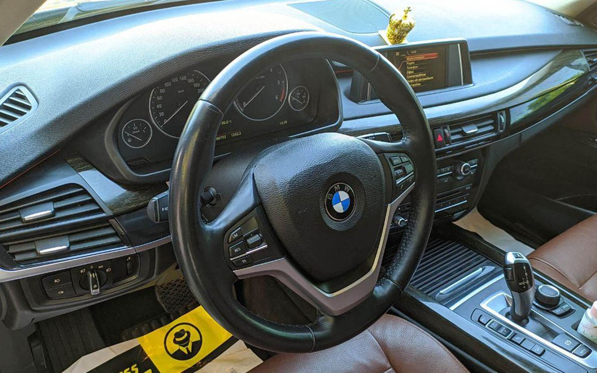 BMW X5 X-Drive 30d awt 2014 фото №19