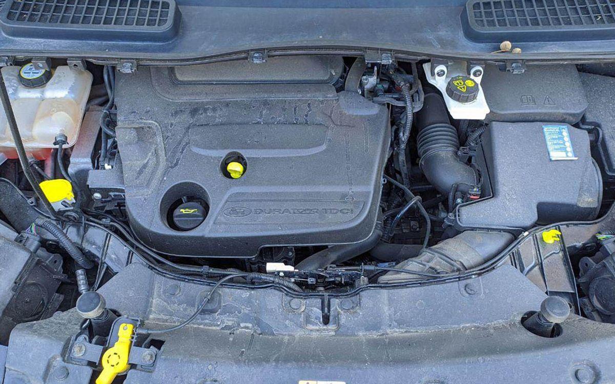 Ford Kuga 2014 фото №18