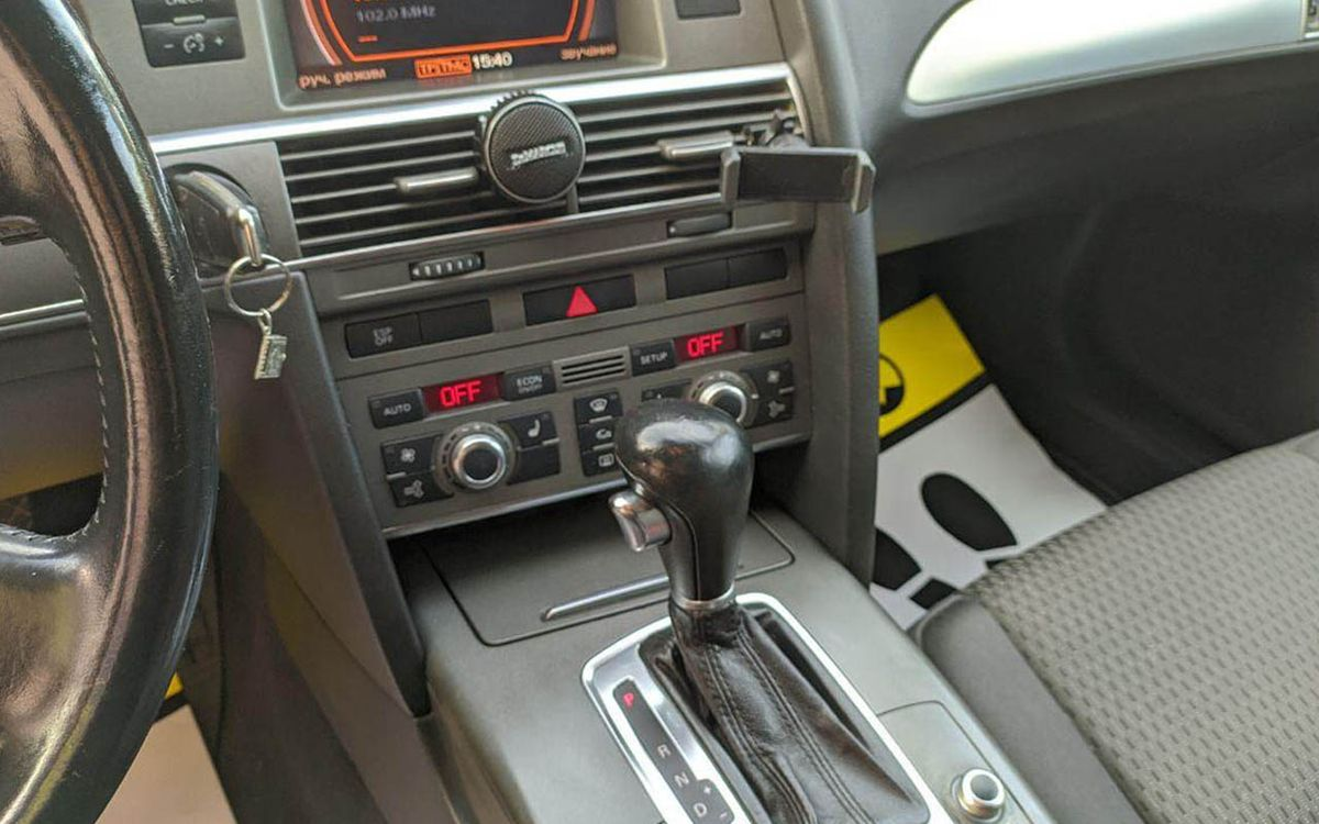 Audi A6 2006 фото №14