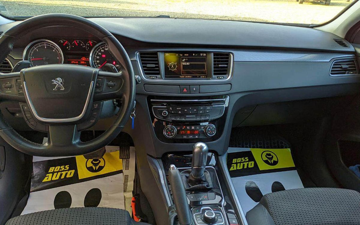 Peugeot 508 2012 фото №18