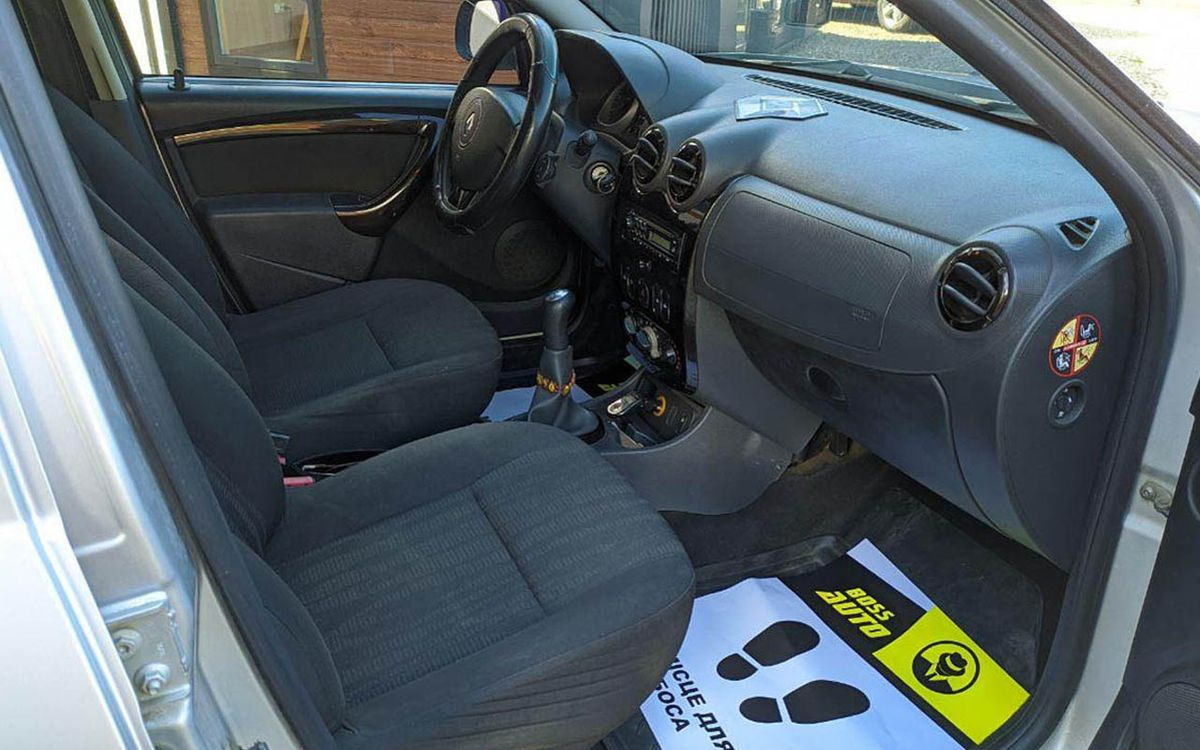 Renault Duster 2010 фото №15