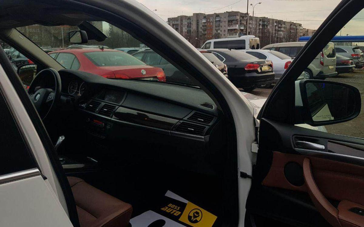 BMW X5 2014 фото №15