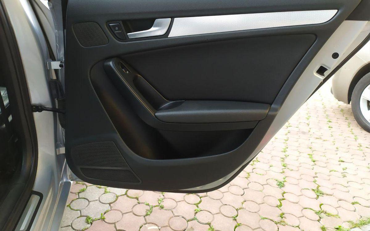Audi A4 2012 фото №7