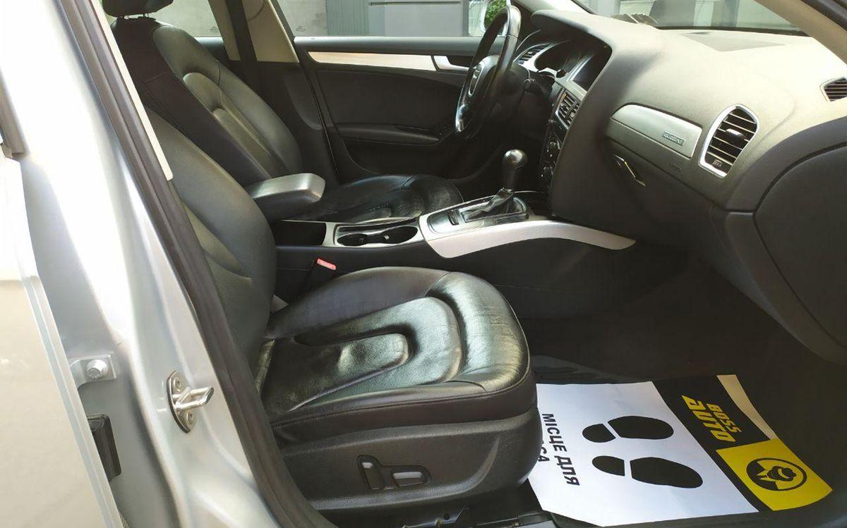 Audi A4 2012 фото №8