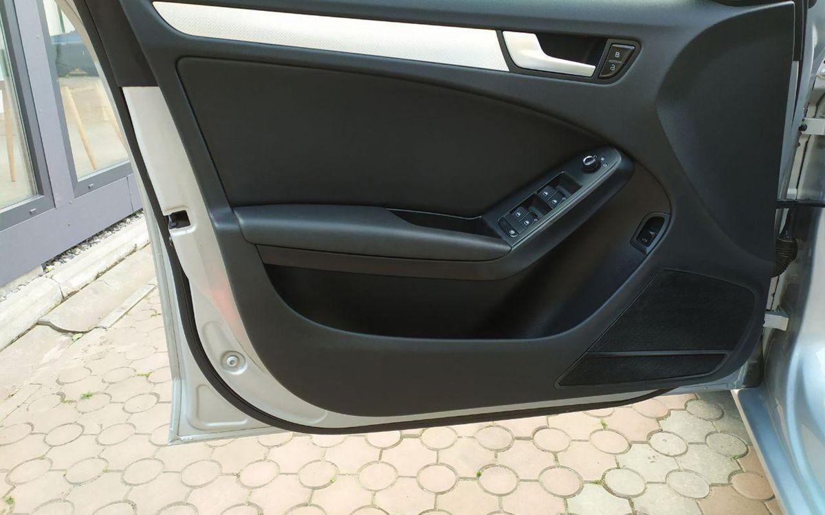Audi A4 2012 фото №10