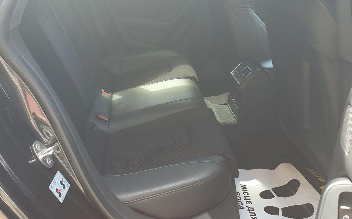 Audi A5 2011 фото №13