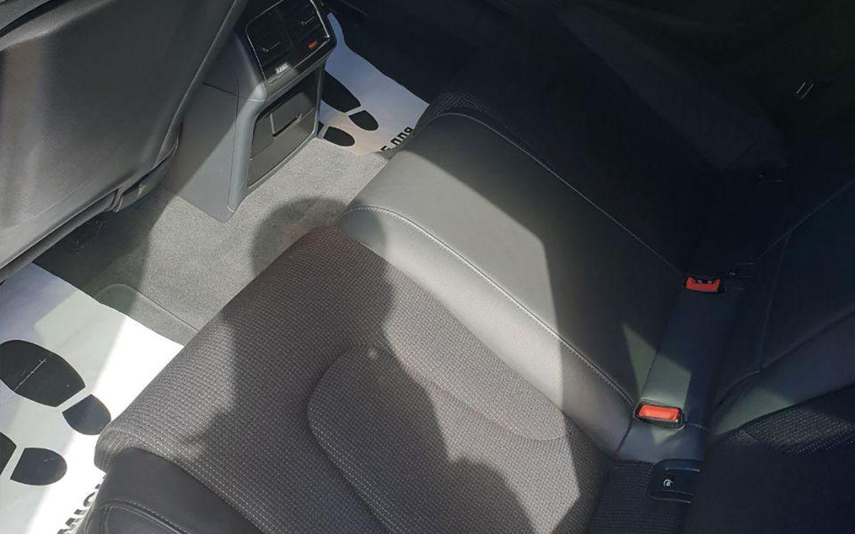 Audi A5 2011 фото №15