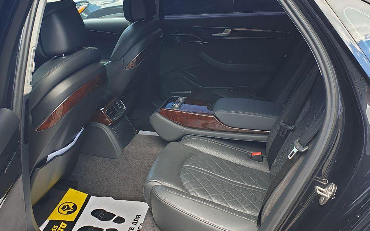 Audi A8 Long 2012 фото №15