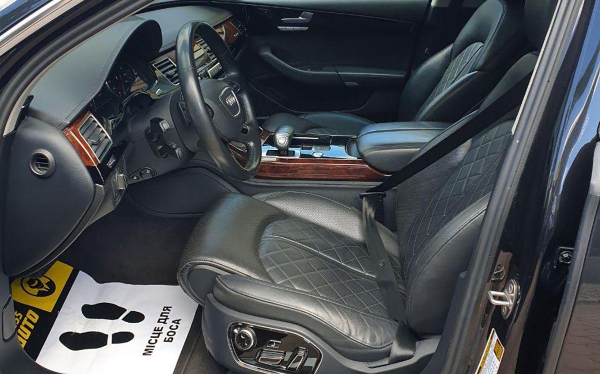 Audi A8 Long 2012 фото №18