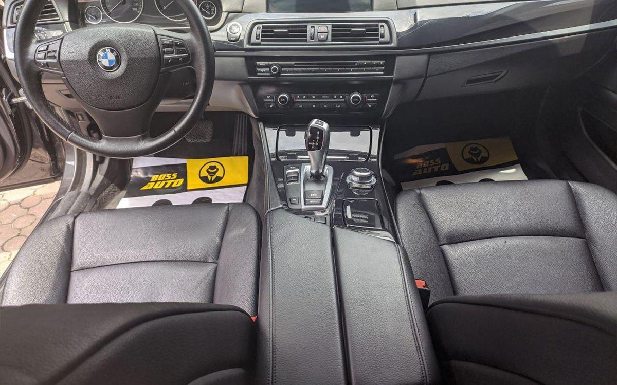 BMW 520 f11 2013 фото №14