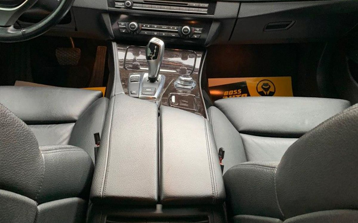 BMW 528 2012 фото №12