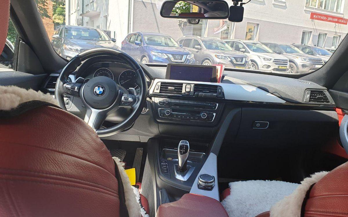 BMW 320 GT 2015 фото №13