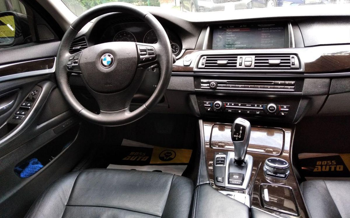 BMW 528 xDrive 2013 фото №13