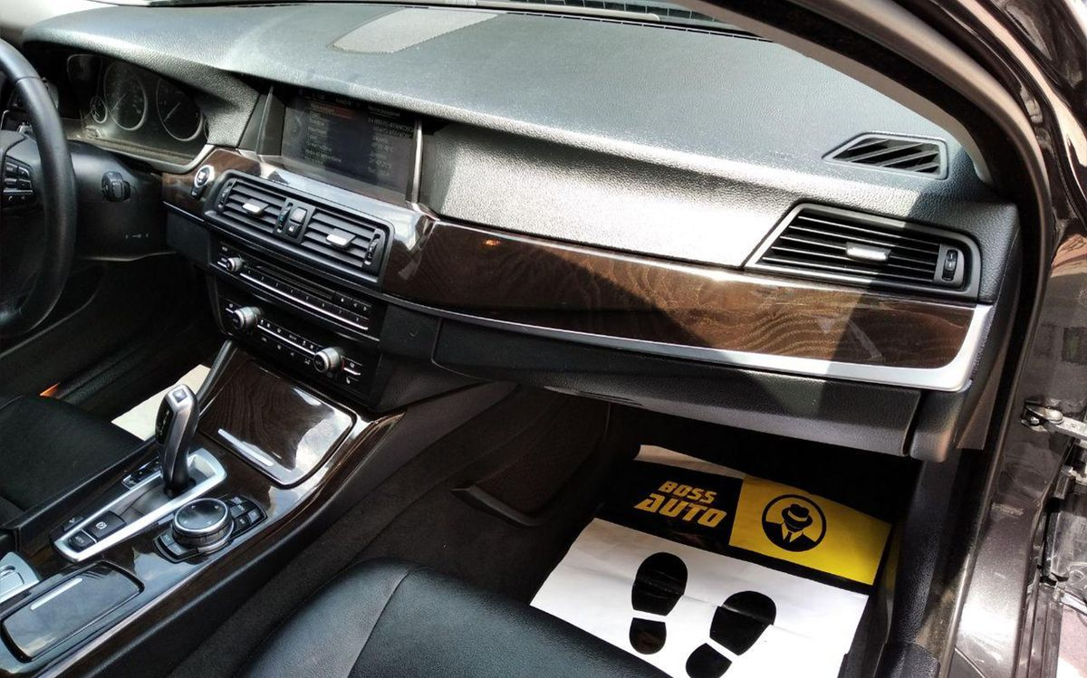 BMW 528 xDrive 2013 фото №17