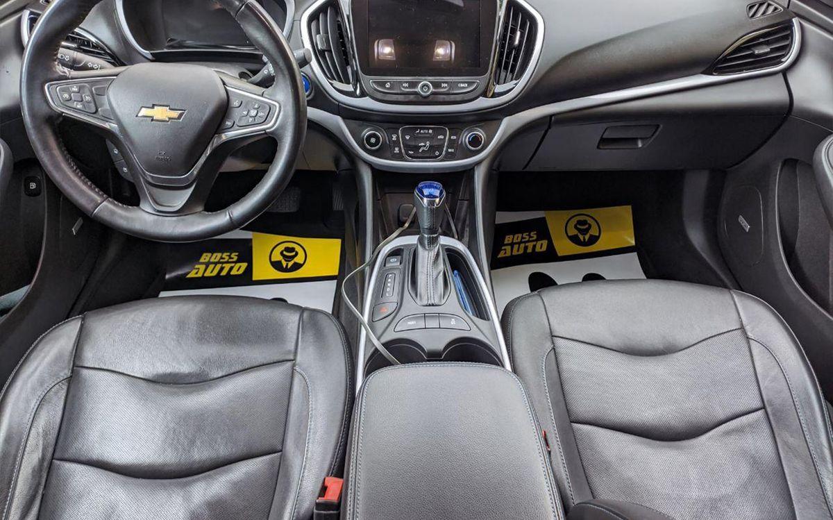 Chevrolet Volt 2017 фото №14
