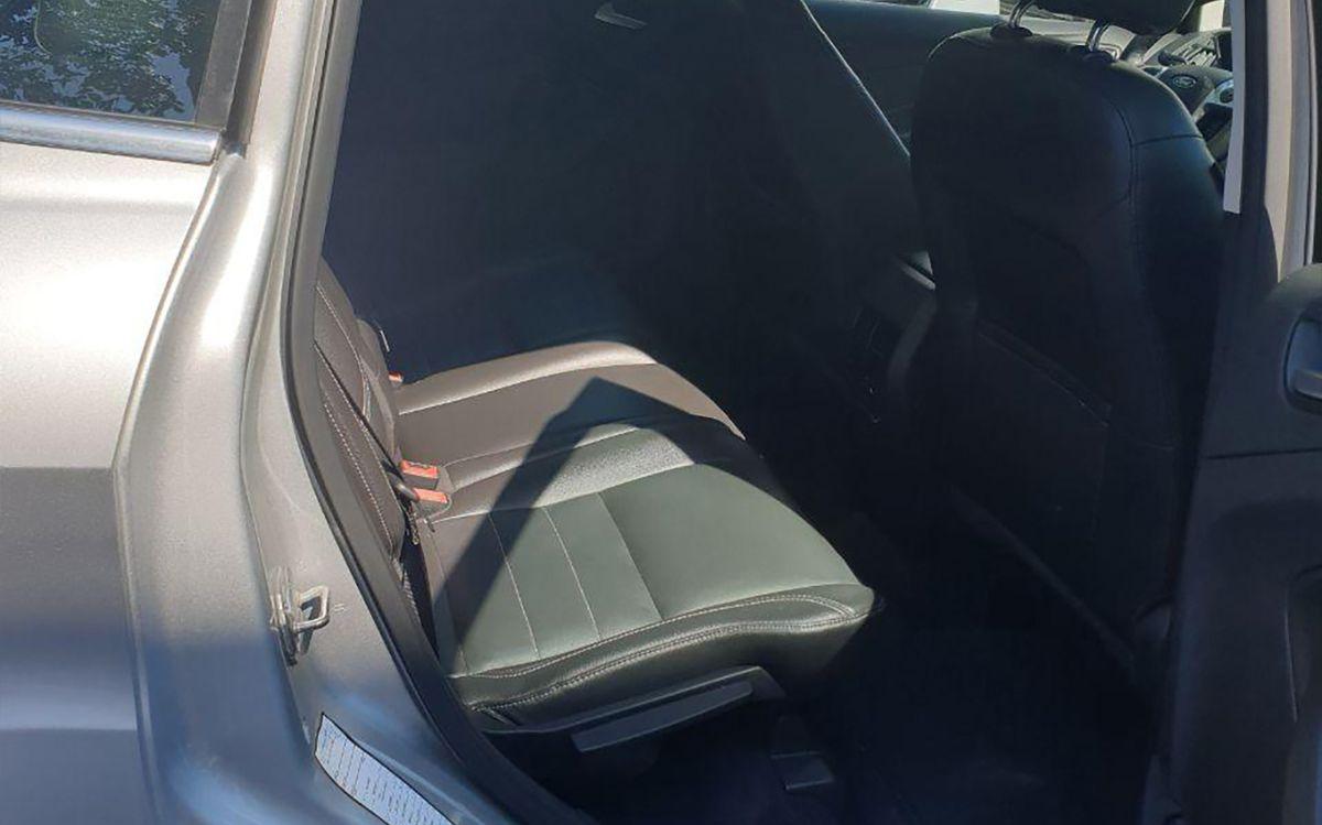 Ford C-Max 2014 фото №13