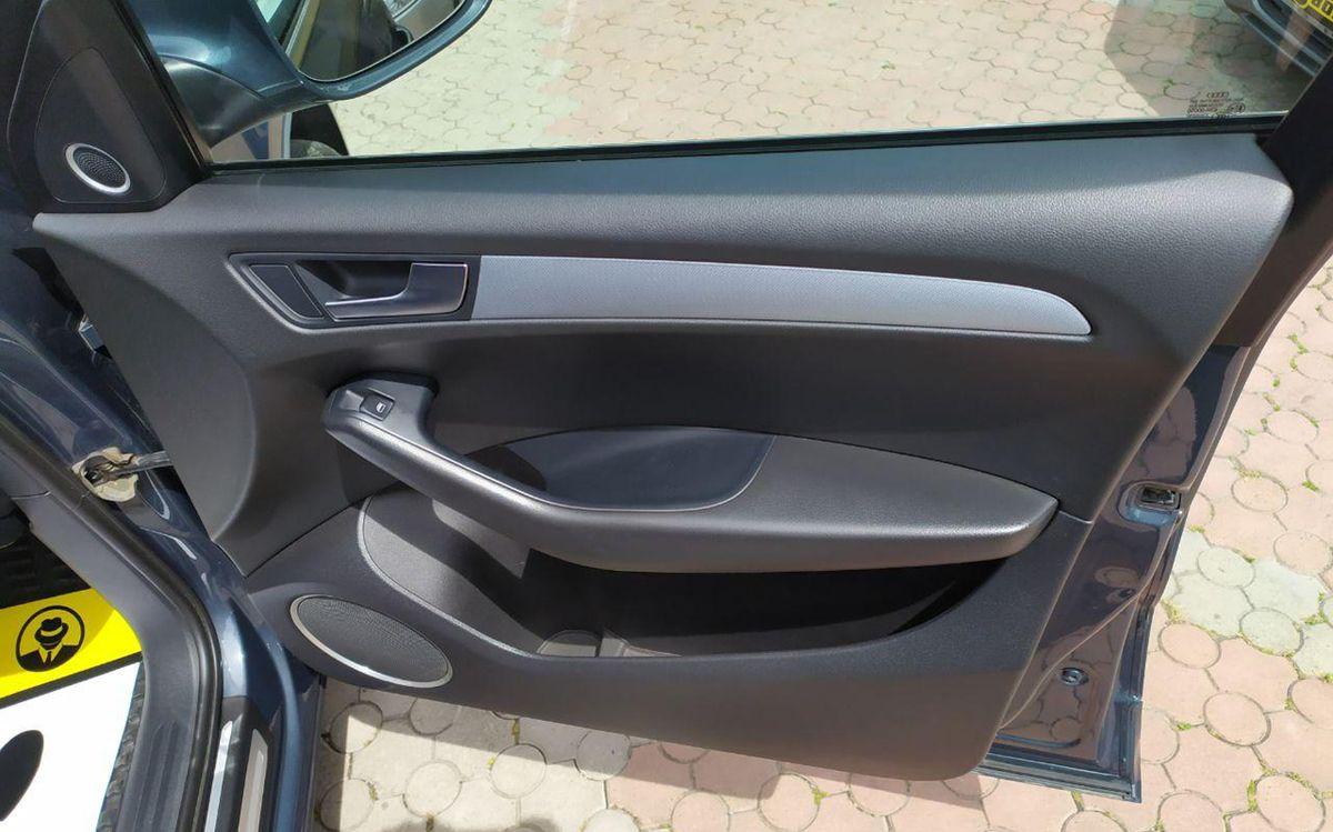 Audi Q5 2010 фото №18