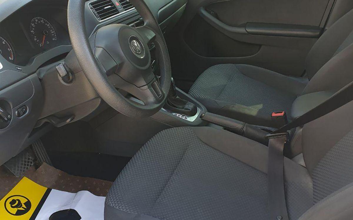 Volkswagen Jetta 2013 фото №8