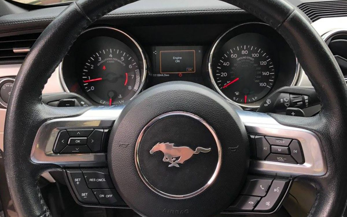 Ford Mustang 2016 фото №17