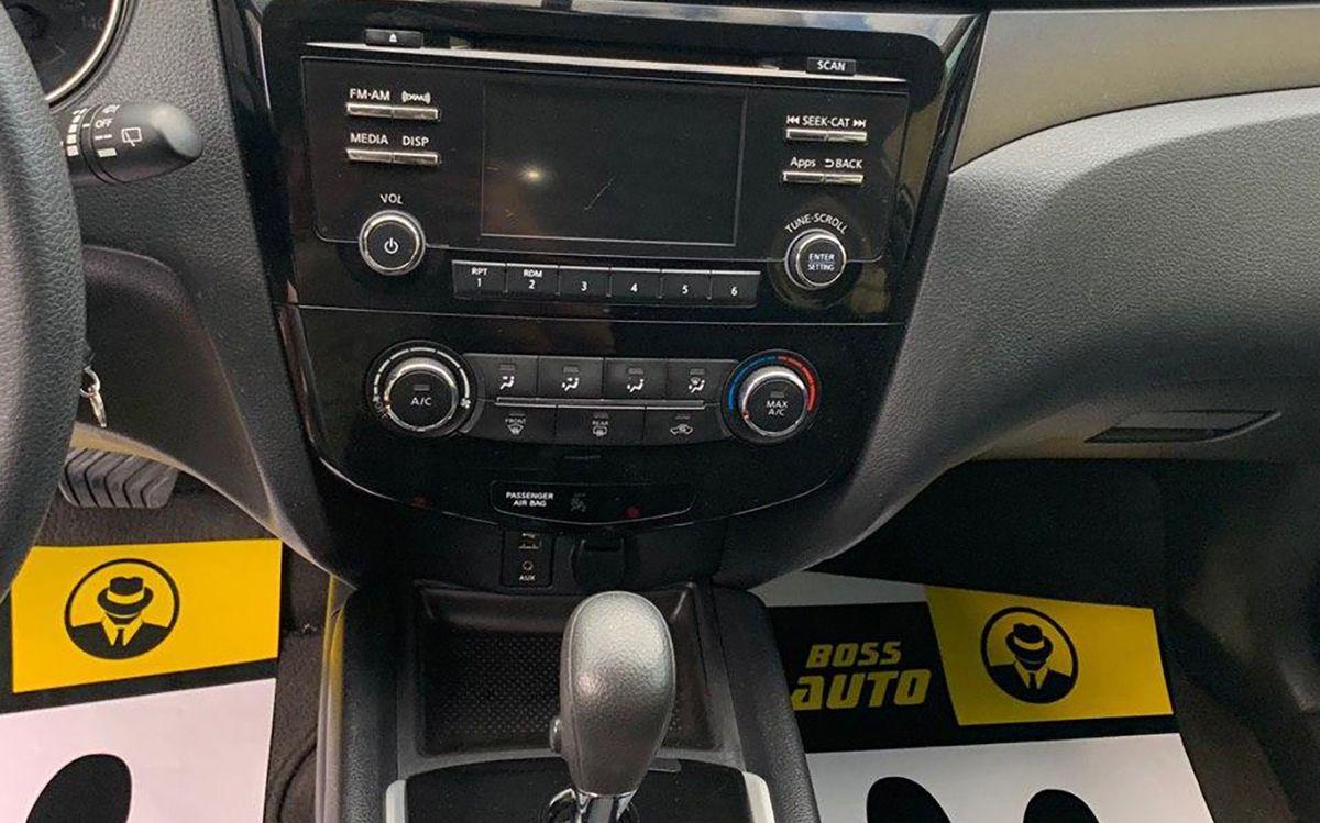 Nissan Rogue 2015 фото №14