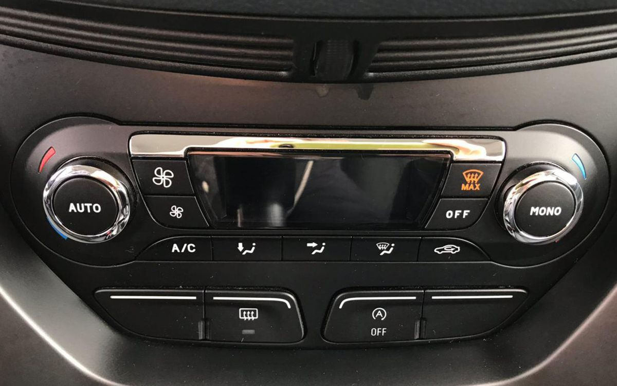 Ford C-Max 2011 фото №12