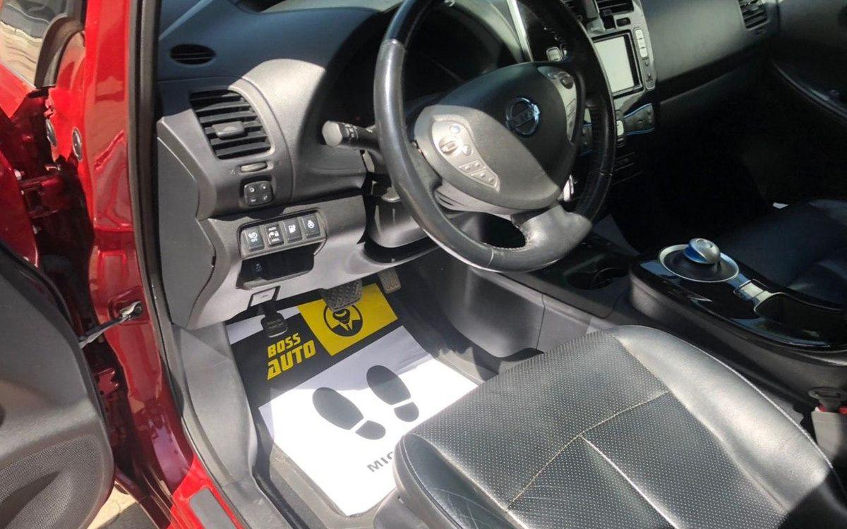 Nissan Leaf 2013 фото №19