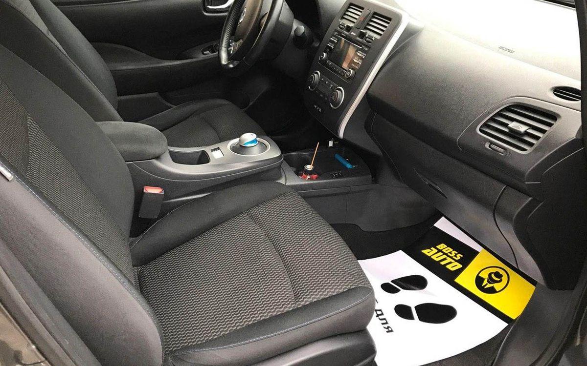 Nissan Leaf 2014 фото №14