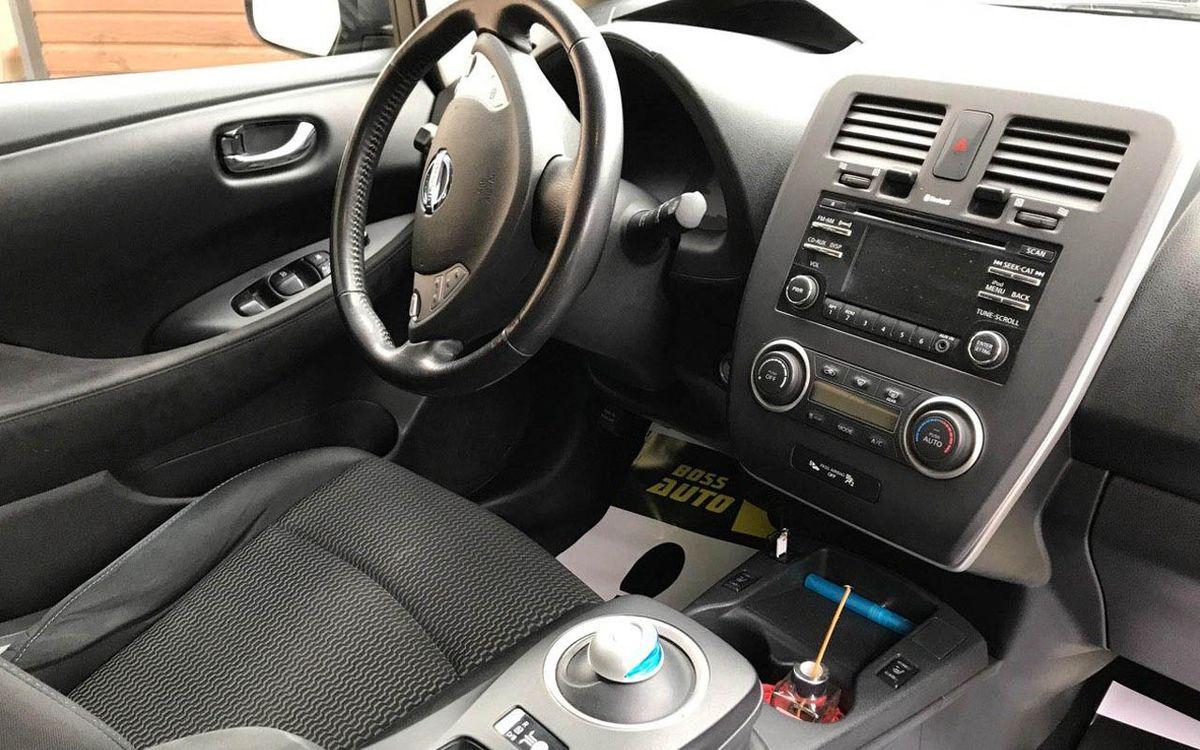 Nissan Leaf 2014 фото №16