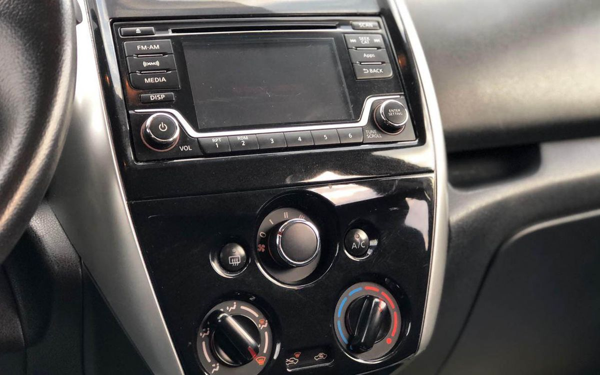 Nissan Versa Note 2015 фото №12