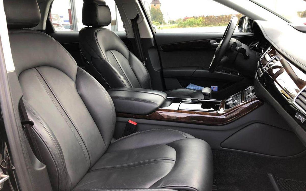 Audi A8 2016 фото №16