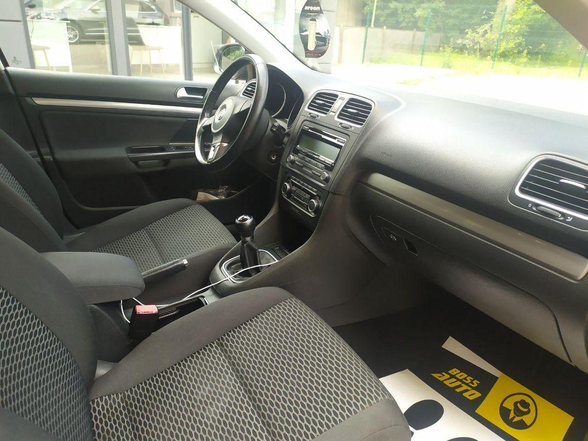 Volkswagen Golf 2010 фото №16