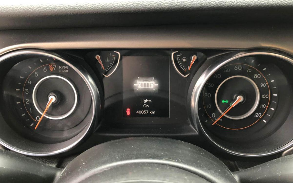 Jeep Wrangler Unlimeted Sport 2019 фото №16